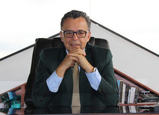 Dr. Mauro Flórez Calderón